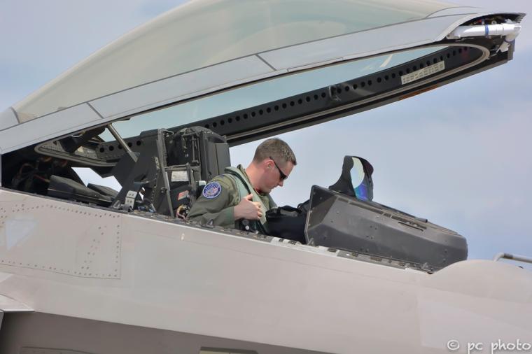 up up and away raptor heritage flight8