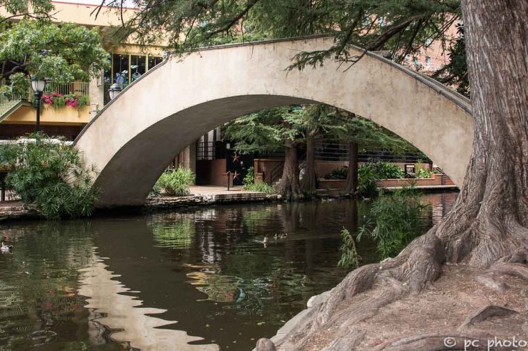 Foot-bridge over San Antonio Riverwalk-598-2