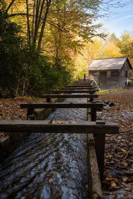 1-water-powering-the-mingus-mill-5749